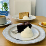 三鷹台にオープン!理容室をリノベした「リビカフェ」手作りケーキとコーヒー